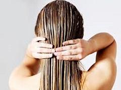 kokosový olej na vlasy