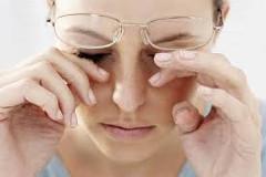 prekrvenie unavených očí