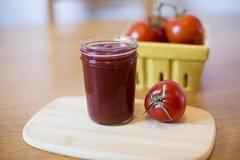 uskladnenie kečupu v pohári