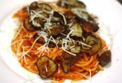 baklažánové špagety