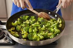 dusená brokolica