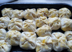 recept na viazané koláčiky so slivkami a posýpkou