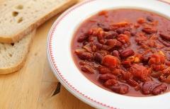 recept na fazuľový guláš