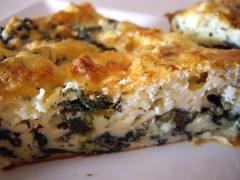 recept na výborný slaný koláč z lístkového cesta so špenátom
