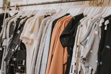 ako si vyberať šetrné oblečenie