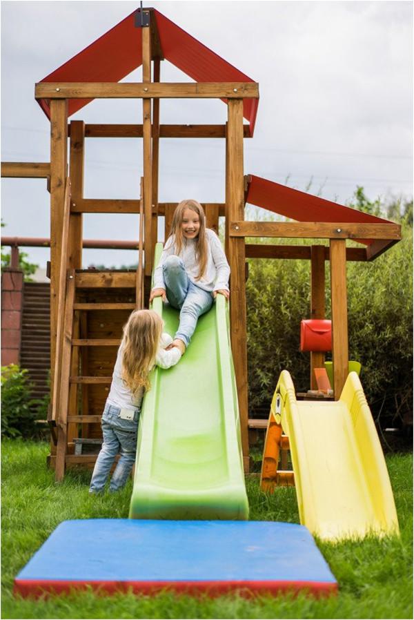 ako postaviť detský záhradný domček