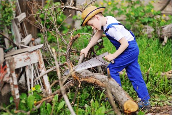 stavba detského záhradného domčeku