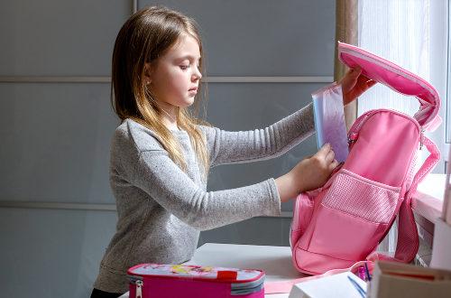 Ako by mala vyzerať tá správna školská taška?