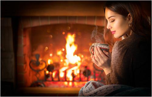 Sviečky a relax pri krbe
