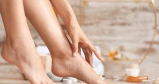 Tajomstvá domácej pedikúry: Ako si pripraviť nohy na letnú sezónu